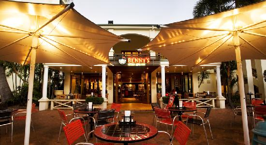 Populaire restaurants in townsville tripadvisor for Table 52 townsville
