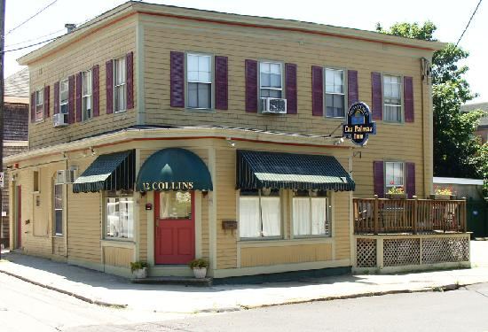 The Henry Collins Inn: getlstd_property_photo