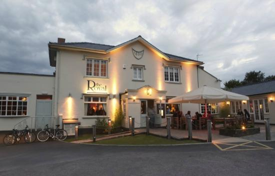 Best Pub Restaurants Cheltenham