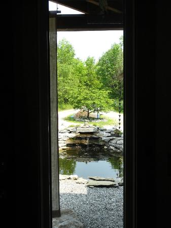 Berkshires Shirakaba Guest House: View out the front door