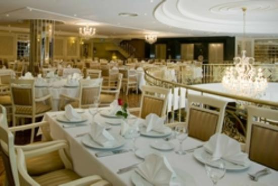 Elite World Prestige Hotel: RESTAURANT