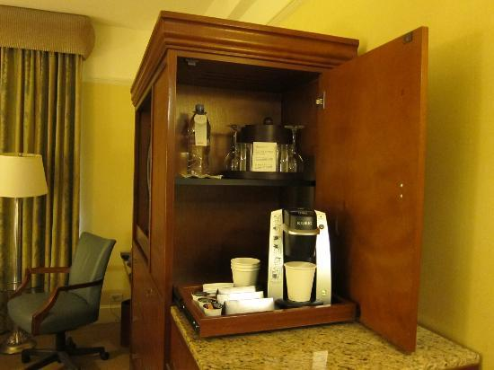 InterContinental New York Barclay: Coffee machine