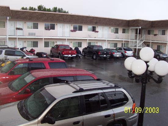 Model A Inn: Parking Lot 2