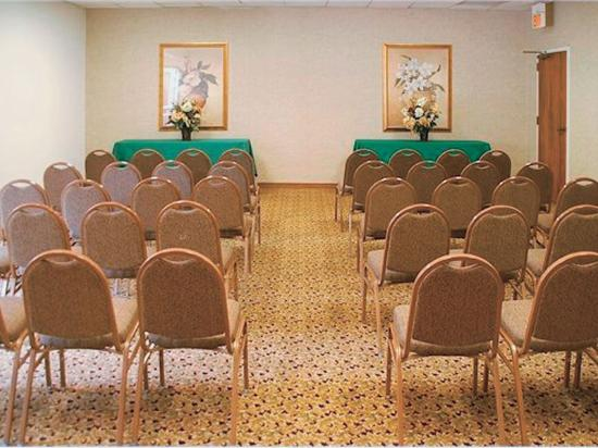 La Quinta Inn Norcross: Meeting Room