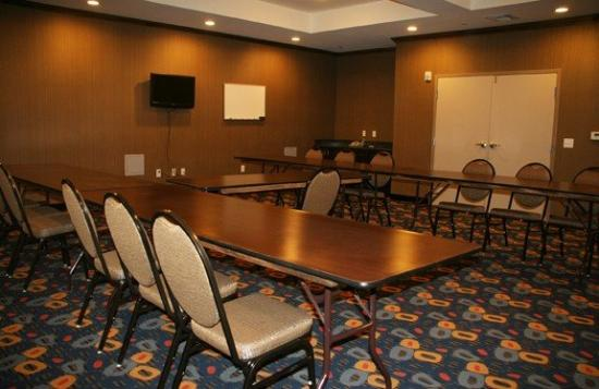 La Quinta Inn & Suites Glen Rose: Meeting Room