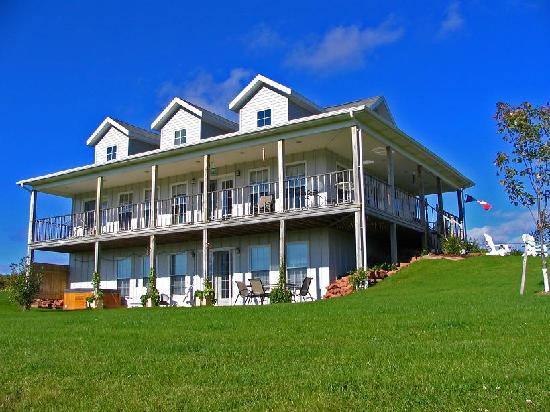Bonshaw Breezes Bed and Breakfast: Bonshaw Breezes B&amp;B a breathtaking experience!