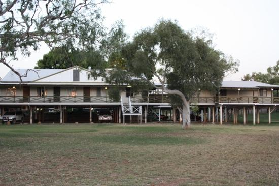 Fitzroy River Lodge