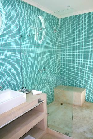 AfricanHome Guesthouse: Shower