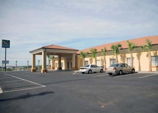 Photo of Quality Inn & Suites Bremen