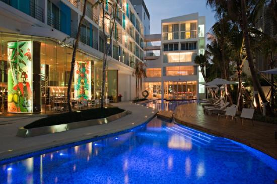 Dusit D2 Baraquda Pattaya Hotel: Exterior Pool