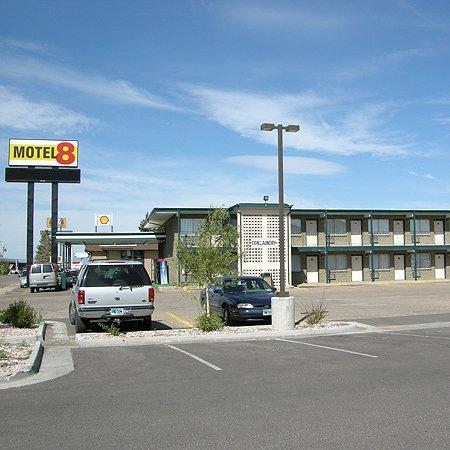 Motel 8 Laramie: Exterior View