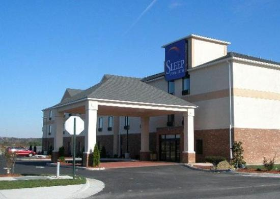 ‪Sleep Inn & Suites at Fort Lee‬
