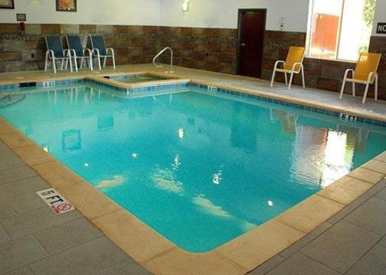 Comfort Suites - Kilgore: Pool