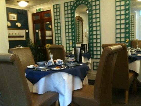 Brighton Pavilions: titanic-themed dining area