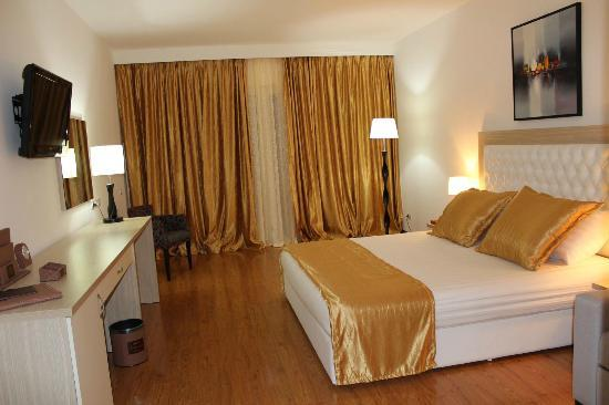 Photo of Hotel Bleart Durres