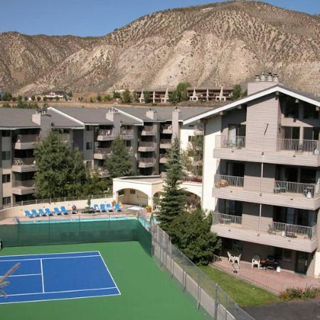 Beaver Creek West Condominiums: Private Tennis Course
