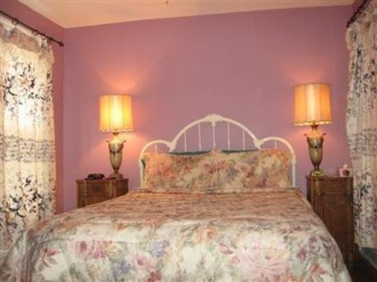 Niagara Inn Bed and Breakfast