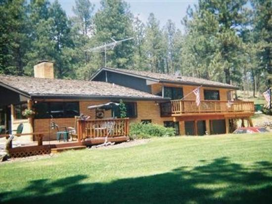 Elk Ridge Bed & Breakfast: Exterior