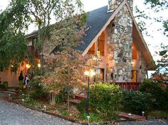 Photo of The Foxtrot Bed and Breakfast Gatlinburg
