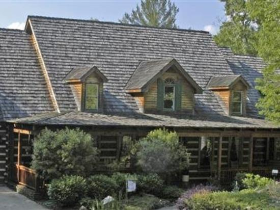 Photo of The Hearthstone Lodge Gainesville