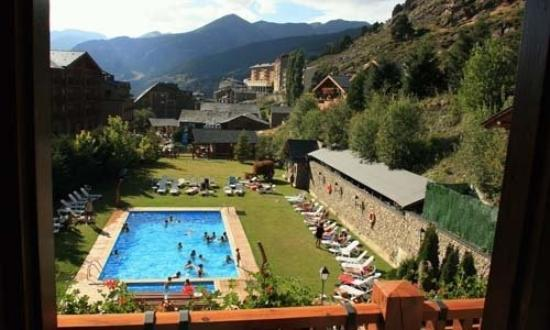 Sport Hotel : Doble YTriple Piscina