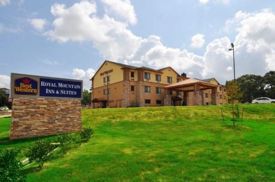 Photo of BEST WESTERN Plus Royal Mountain Inn & Suites Athens