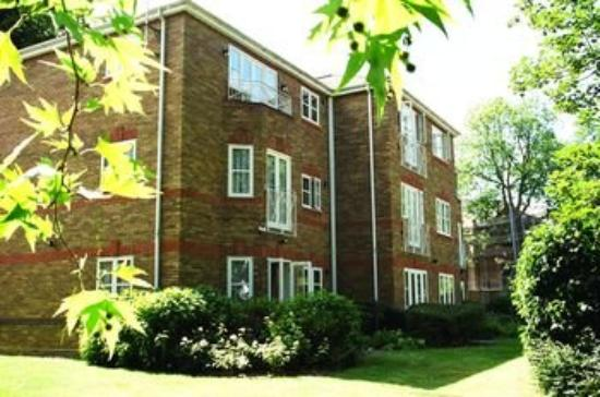 Clarendon Serviced Apartments - Manning Place: Richmond External