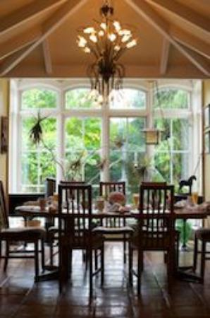 Arbour View B&amp;B: The dining area