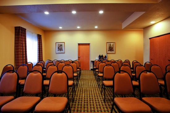 Hesperia Victorville Meeting Room