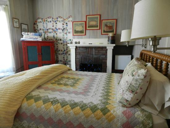 The Atrium: Quilt Room