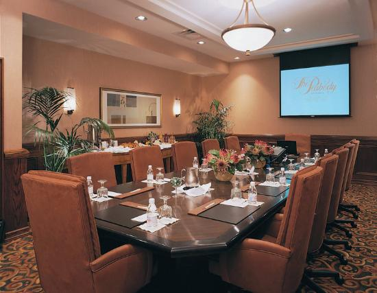Little Rock Marriott: Boardroom