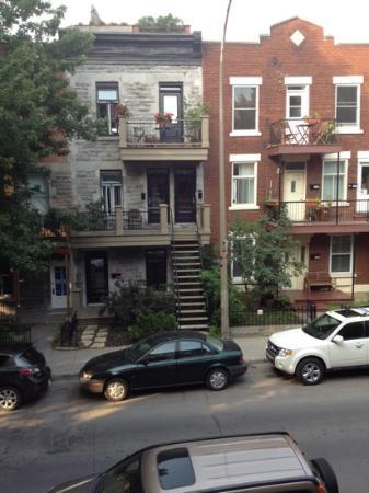 Loft Jacques-Cartier: view across the street from front porch - nice for sitting out in evenings