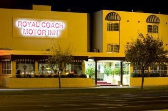 : Royal Coach Exterior