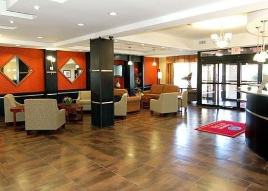 Comfort Suites Sulphur: Lobby