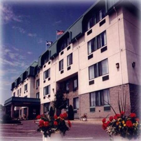 Photo of Chateau Repotel Henri IV Quebec City