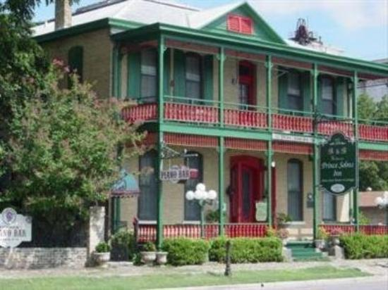 Prince Solms Inn Bed And Breakfast New Braunfels Texas Bed