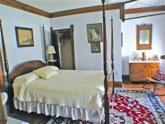 My Fair Lady Bed and Breakfast: Guest Room