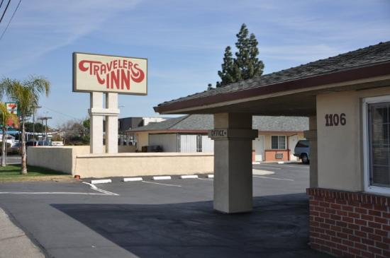 Travelers Inn - Manteca: Exterior