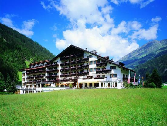 Hotel Weisseespitze