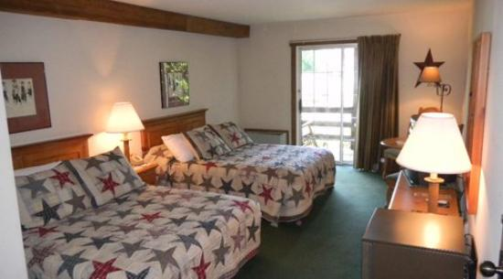 Country Inn of Lancaster: Guest Room