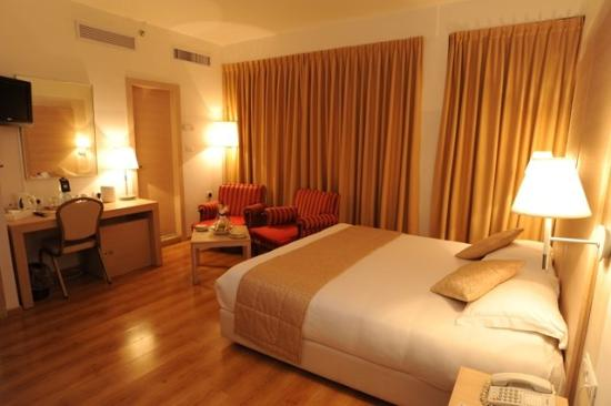 Legacy Hotel: Executive Room