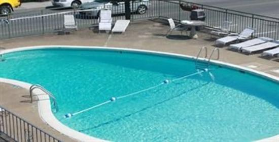 Smokyland Motel: Pool
