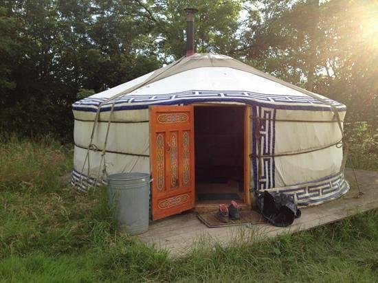 Strawberry Skys: fab yurt