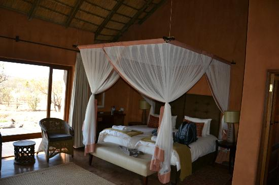 Rhulani Safari Lodge: Bed