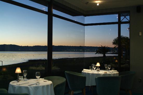 Edgewater restaurant picture of edgewater restaurant for 300 lake terrace taupo