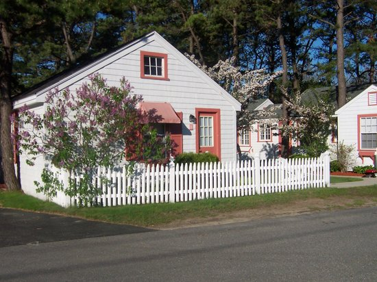 Photo of White Lamb Cottages Old Orchard Beach