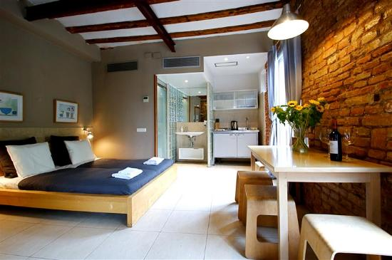Photo of Borne Apartments Barcelona