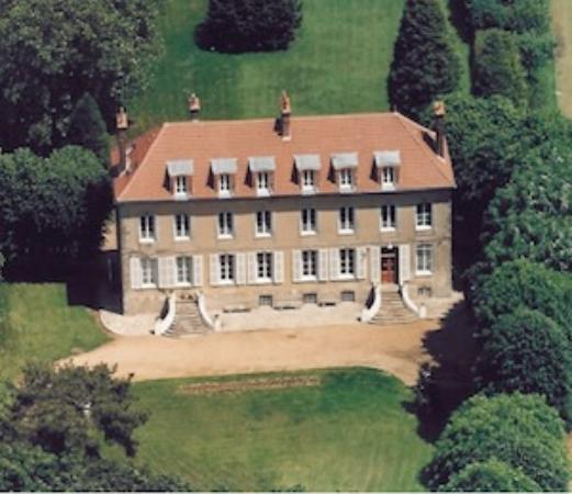Photo of Chateau de Jonvilliers Bed & Breakfast Ecrosnes