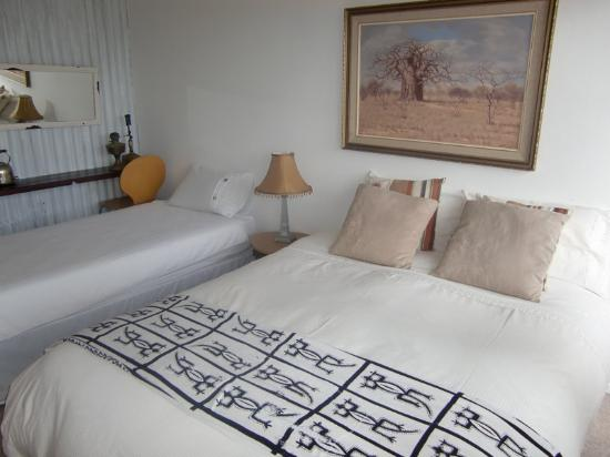 Milkwood Grove Travelers Lodge