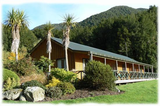Lewis Pass Motels